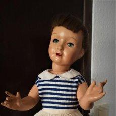 Muñeca española clasica: IMPECABLE MUÑECA PICHUCA DE FLORIDO ,TODO ORIGINAL ,CON UN MODELO ,QUE APARECE EN LOS CATALOGOS.. Lote 215390503