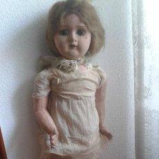 Muñeca española clasica: MUÑECA DE CARTON PIEDRA GRANDE AÑOS30. Lote 218419841