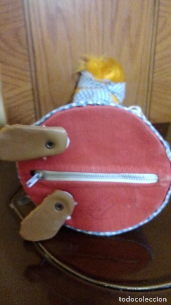 Muñeca española clasica: muñeca tipo ratita con compartimiento interior. - Foto 2 - 218723171