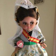 Muñeca española clasica: JUGUETES. Lote 219489230