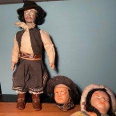 Muñeca española clasica: LOTE MUÑECO DE TELA Y CABEZAS ANTIGUAS. Lote 221660118