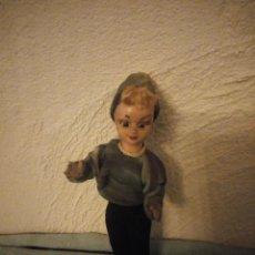 Muñeca española clasica: ANTIGUA MUÑECA DE CELULOIDE, ARTICULADA OJOS DURMIENTES AÑOS 40/50. Lote 222288426