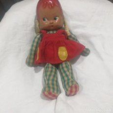 Muñeca española clasica: ANTIGUA MUÑECA CAPERUCITA ROJA DE TRAPO Y CELULOIDE. Lote 222504906