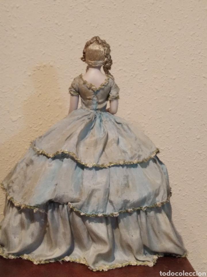 Muñeca española clasica: Antiguo costurero o joyero con muñeca de salón o boudoir - Foto 9 - 223726205