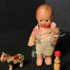 Bambola spagnola classica: JUGUETE ANTIGUO MITAD SIGLO XX ,MUÑECO DE PORCELANA,COMPLEMENTOS JUGUETES MADERA. Lote 224417338