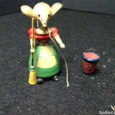 Muñeca española clasica: ANTIGUO JUGUETE PRINCIPIOS DE SIGLO XX ,JUGUETE DE MADERA. Lote 224835010