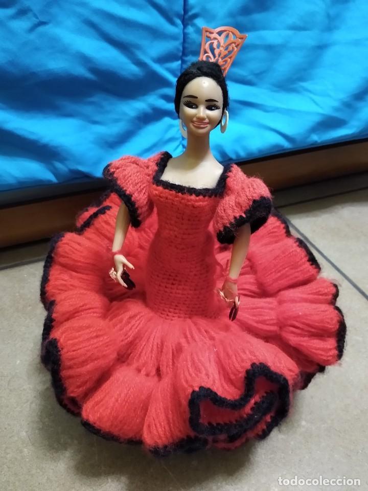 Muñeca española clasica: Preciosa muñeca flamenca o sevillana con fantástico traje artesanal volantes - Foto 3 - 230653865