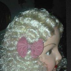 Muñeca española clasica: MUÑECA MUY ANTIGUA, GRANDE (70 CM) DE CARTÓN PIEDRA, PELO MOHAIR.. Lote 230718095