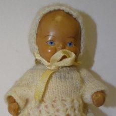 Muñeca española clasica: MUÑECA ANTIGUA CERÁMICA OJOS DE CRISTAL. Lote 235270095