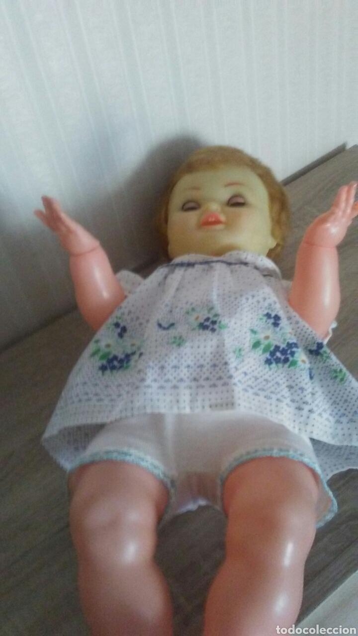 Muñeca española clasica: Muñeco Pirri años 60.Mide 53cent,ojos margarita,,manos articuladas .(ver fotos y leer descripción) - Foto 5 - 237470360