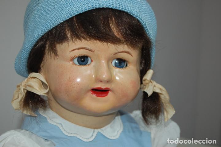 Muñeca española clasica: muñeca de composición con cubo y pala de lata - Foto 4 - 238397830