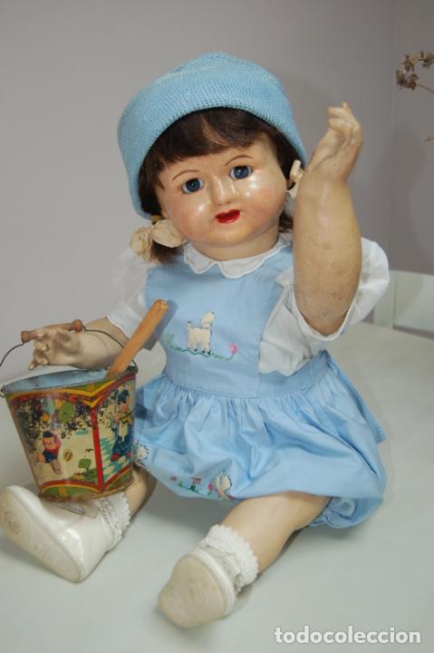 Muñeca española clasica: muñeca de composición con cubo y pala de lata - Foto 6 - 238397830