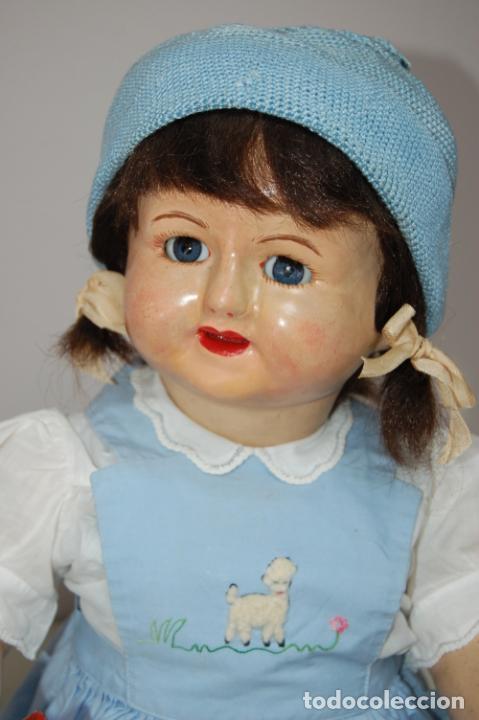 Muñeca española clasica: muñeca de composición con cubo y pala de lata - Foto 9 - 238397830