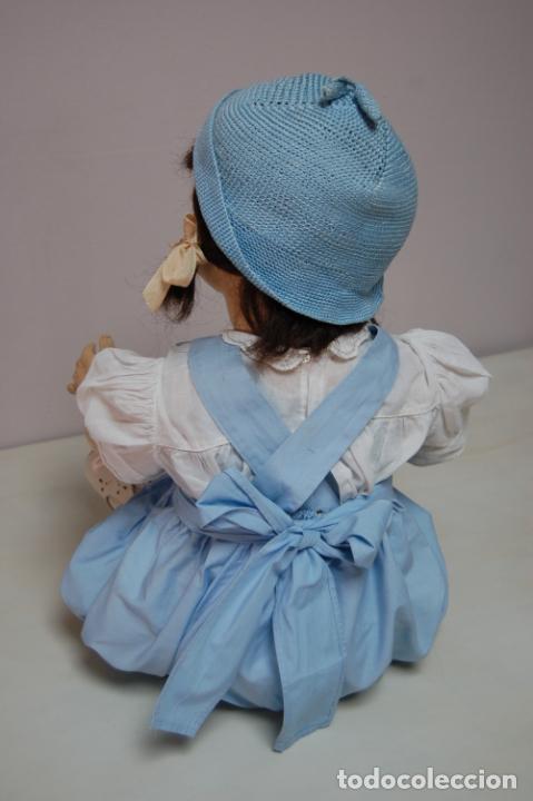 Muñeca española clasica: muñeca de composición con cubo y pala de lata - Foto 13 - 238397830