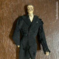 Muñeca española clasica: ANTIGUO MUÑECO TIPO CAPIPOTA, EN MADERA Y ESTUCO. VESTIDERO. PIEZA UNICA. DE MUSEO. Lote 240723235