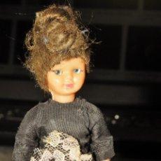 Muñeca española clasica: MUÑECO MUÑECA PEQUEÑO ARTICULADO OJOS DURMIENTES AÑOS 50/60. Lote 241547285