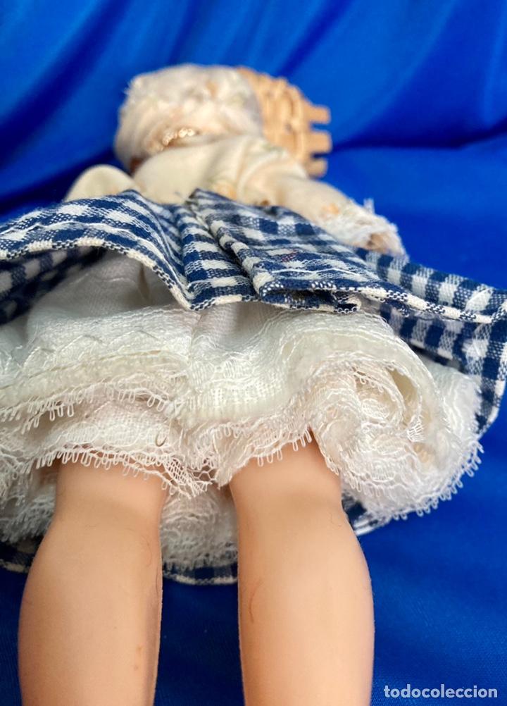 Muñeca española clasica: Muñeca sardinera del norte, de celuloide, ojos durmientes, antigua. - Foto 4 - 244684930