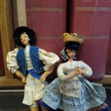 Muñeca española clasica: PAREJA DE MUÑECOS DE FIELTRO TRAJE REGIONAL DE CANARIAS.. Lote 245632130