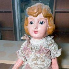 Boneca espanhola clássica: MUÑECA CARTÓN PIEDRA AÑOS 30 OJOS PINTADOS - 60CM ALT.. Lote 254330170