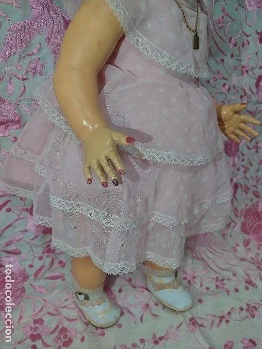Muñeca española clasica: ESPECTACULAR MUÑECA MARICELA DE SANTIAGO MOLINA, ANDADORA,SIN USO. - Foto 7 - 254463425
