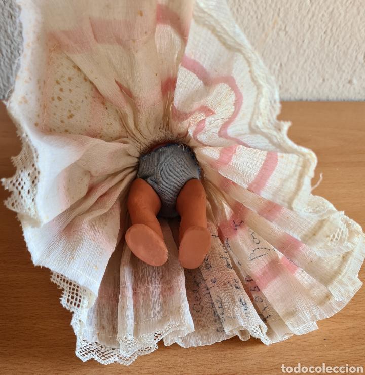 Muñeca española clasica: Muñeca brazos articulados año 1951 - Porcelana Biscuit - Vestido de tela y papel - Numerada - Foto 22 - 254623395
