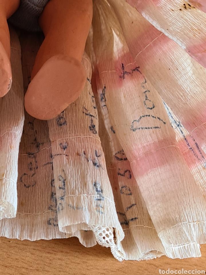 Muñeca española clasica: Muñeca brazos articulados año 1951 - Porcelana Biscuit - Vestido de tela y papel - Numerada - Foto 24 - 254623395