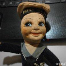 Muñeca española clasica: GRACIOSO MUÑECO MARINE REINA DEL MAR AÑOS 20 30 ? CUERPO TRAPO CABEZA CARTON REVESTIDO DE TELA. Lote 254942190