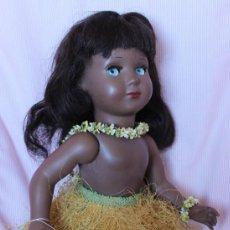 Muñeca española clasica: LINDA HAWAIANA 45CM. MUÑECAS DE ALBA, FINALES DE LOS 50, CON LA ETIQUETA ATADA A UNA MANO. Lote 255385995