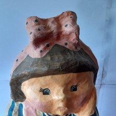 Muñeca española clasica: MUÑECA ANTIGUA DE COLECCIÓN. 34 CENTÍMETROS ALTO. VER FOTOS.. Lote 256002830
