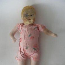 Muñeca española clasica: ANTIGUA MUÑECA POPULAR TRAPO PRENSADO RELLENA DE SERRÍN AÑOS 30. Lote 260635885