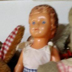 Muñeca española clasica: MUÑECA ANTIGUA PLASTICO. Lote 262381975