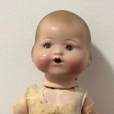 Muñeca española clasica: ANTIGUA MUÑECA DE PORCELANA. PPS.S.XX. Lote 263182385