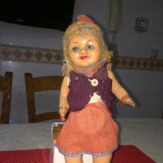 Muñeca española clasica: CAPERUCITA ROJA - CELULOIDE - AÑOS 30 - UNOS 30 CMS.. Lote 263563190
