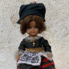 Muñeca española clasica: MUÑECA CELULOIDE COMPOSICION LINDA PIRULA VESTIDO REGIONAL ASTURIAS GALICIA OJOS ABATIBLES 29X13CMS. Lote 265787364