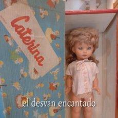 Muñeca española clasica: MUÑECA CATERINA DE ICSA. MODELO 1963. 55 CTMS. TODA DE ORIGEN Y EN SU CAJA. VER FOTOS. Lote 268025109