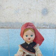 Muñeca española clasica: MUÑECA REGIONAL GALLEGA ANTIGUA MIDE 20 CM APROXIMADAMENTE. Lote 272122948
