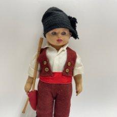 Muñeca española clasica: MUÑECO DE TRAPO CON TRAJE REGIONAL GALLEGO.. Lote 275255663