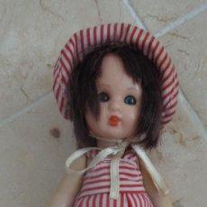 Muñeca española clasica: MUÑEQUITA VIEJA. Lote 275591763