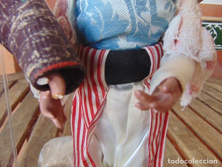 Muñeca española clasica: PAREJA DE MUÑECOS CON NIÑO A LA ESPALDA EN ESTUCO ,ALAMBRE Y TRAPO ,PINTADOS AL OLEO INDIOS ?? - Foto 7 - 279446698