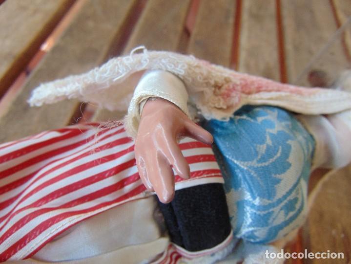 Muñeca española clasica: PAREJA DE MUÑECOS CON NIÑO A LA ESPALDA EN ESTUCO ,ALAMBRE Y TRAPO ,PINTADOS AL OLEO INDIOS ?? - Foto 13 - 279446698