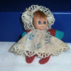 Muñeca española clasica: MUÑECA PEQUEÑA DE LOS AÑOS 40 8 CMS. Lote 288534753