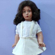 Muñeca española clasica: ANTIGUA MUÑECA DE CARTÓN PIEDRA. Lote 45049982
