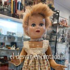 Bambola spagnola classica: PRECIOSA MUÑECA ESPAÑOLA DE CARTON PIEDRA. AÑOS 1950S. VER FOTOS. Lote 293196193