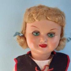 Boneca espanhola clássica: MUÑECA DE CARTÓN PIEDRA. LORETÍN DE FAMOSA?. Lote 293268068