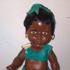 Muñeca española clasica: ANTIGUA MUÑECA CACHITA (MULATA) CAMA MADE IN SPAIN. Lote 295751693