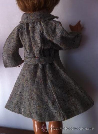 Muñeca Gisela: Abrigo original de muñeca LILI, a la moda de los años 50 , tambien sirve para Sofia , Viviana etc - Foto 2 - 54287777
