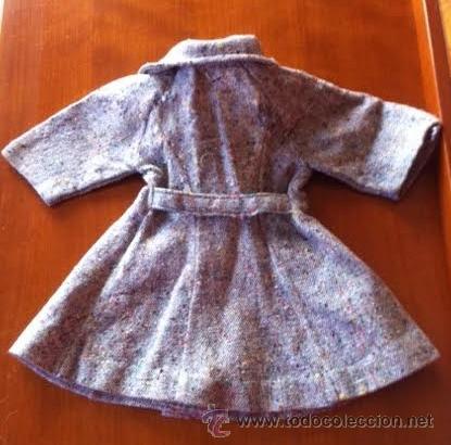 Muñeca Gisela: Abrigo original de muñeca LILI, a la moda de los años 50 , tambien sirve para Sofia , Viviana etc - Foto 5 - 54287777