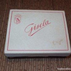 Muñeca Gisela: CAJA DE ZAPATOS DE GISELA CON SUS HORMAS,AÑOS 40. Lote 98379063