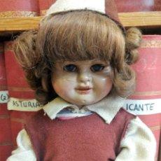 Muñeca Gisela: MUÑECA GISELA O SIMILAR, NO ESTA MARCADA CON TRAJE DE ESQUIADORA, TABLAS, BOTAS Y PALOS.. Lote 103585359