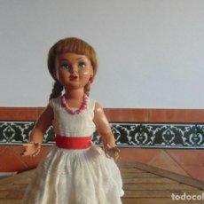 Muñeca Gisela: MUÑECA EN CARTON PIEDRA MARCADA LILI HERMANA DE GISELA ARTICULADA MIDE 46 CM. Lote 110601303